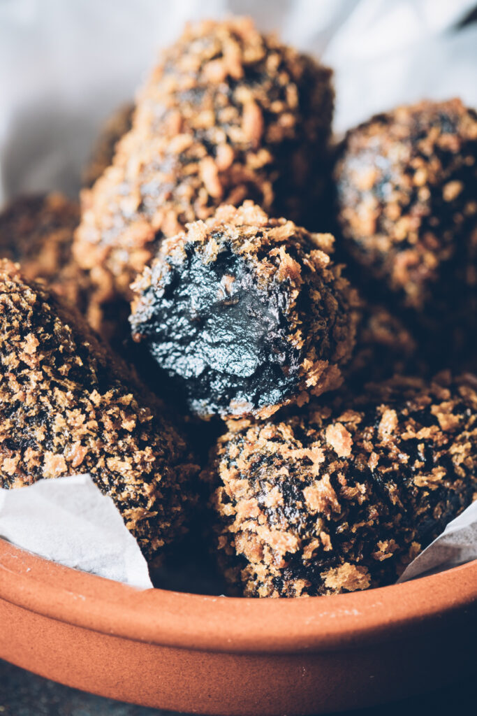 croquettes, croquetas, black-ink-recipe, black-ink-croquettes, panko-breadcrumbs, close-up, macro-food-photography, food, photographer, stylist, home-economist, spanish-food, gourmet-food, auckland, new-zealand, new-zealand-food-photographer, moody, product-photography